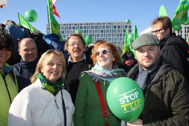 Demo gegen TTIP und CETA in Berlin